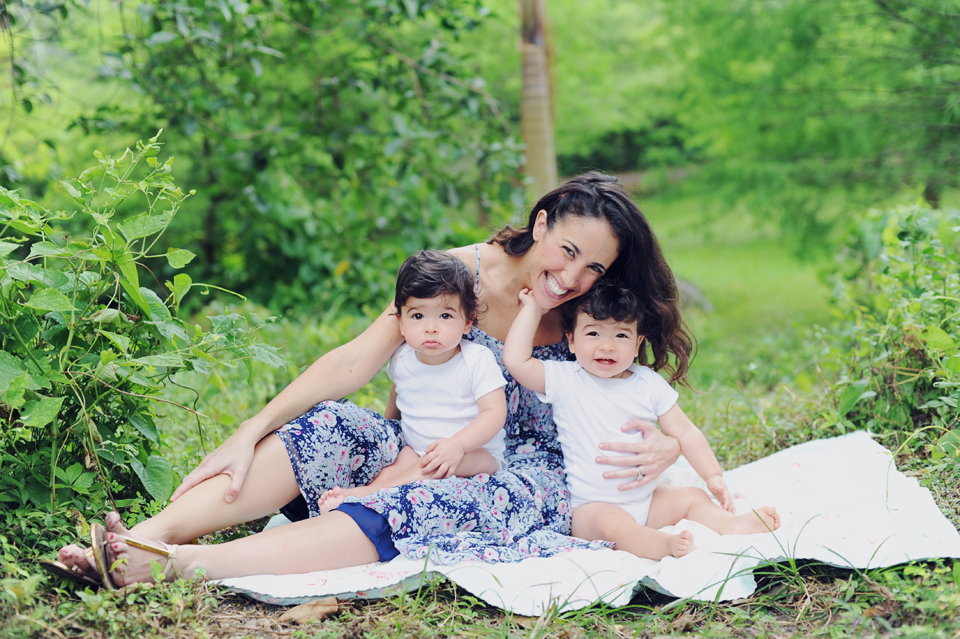 Mommy poses with her twins during a Baby photography session in Miami.